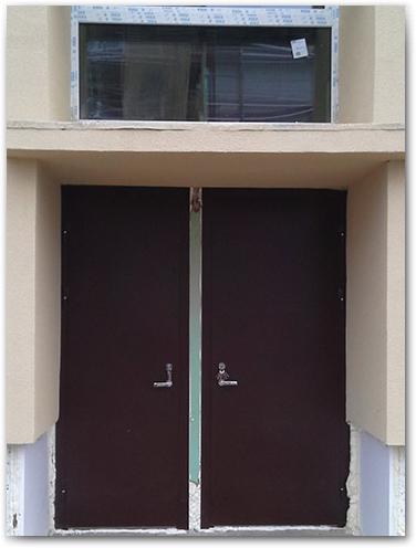metalinės lauko durys Kaune