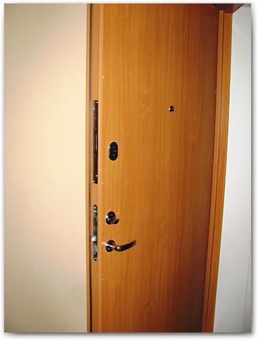 Šarvuotos buto durys Standart Kaune